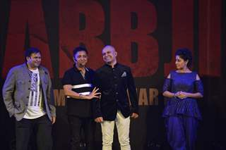 Sukhwinder Singh and Sunidhi Chauhan at Music Launch of 'Sarabjit'