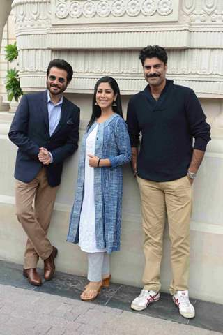 Anil Kapoor, Sikander Kher & Sakshi Tanwar poses for media at Promotions of '24 Season 2' Show