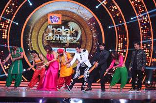 Manish Paul and filmmaker Karan Johar at the Grand Opening of 'Jhalak Dikhhla Jaa 2016'