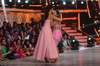 Helly Shah and Jacqueline Fernandes hugs on sets of 'Jhalak Dikhlaa Jaa'