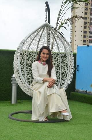Sonakshi Sinha Promotes'Akira' on sets of Savdhaan India