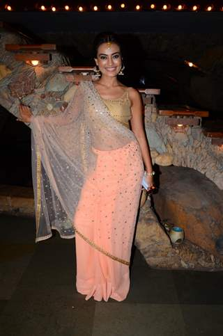 Surbhi Jyoti at Kishwer Merchant and Suyyash Rai's Mehendi Ceremony