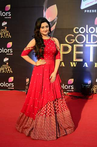 Rashami Desai at Golden Petal Awards 2017
