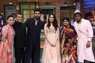 Arjun Kapoor, Shraddha Kapoor and Chetan Bhagat promote'Half Girlfriend' on 'The Kapil Sharma Show'