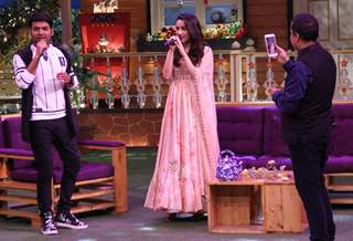Shraddha Kapoor sings on 'The Kapil Sharma Show'