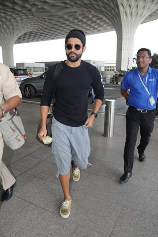 Farhan Akhtar in his casuals at the Airport