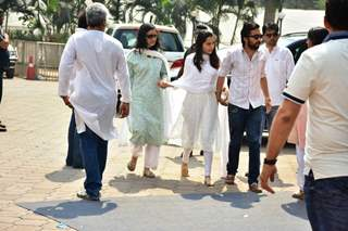 Shraddha Kapoor with her Family!