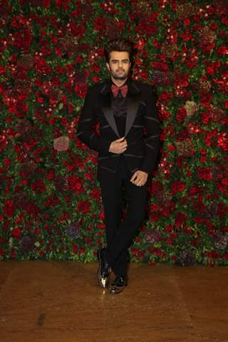 Manish Paul at Ranveer Deepika Wedding Reception Mumbai
