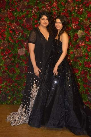 Anshula Kapoor and Khushi Kapoor at Ranveer Deepika Wedding Reception Mumbai