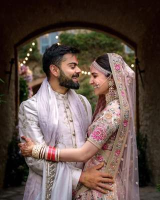 Virat Kohli and Anushka Sharma wedding couple picture