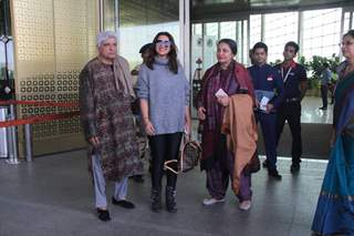 Parineeti with Javed Akhtar and Shabana Azmi Snapped at the Airport