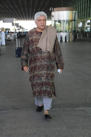 Javed Akhtar Snapped at the Airport