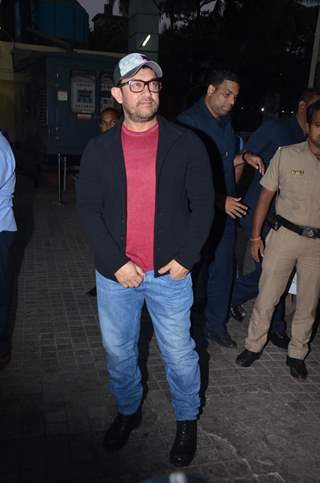Aamir Khan snapped at Rubaru Roshni screening