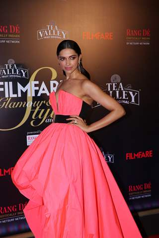 Deepika Padukone attend Filmfare Awards