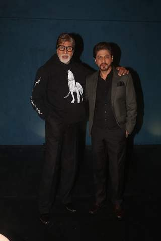 Amitabh Bachchan and Shah Rukh Khan at the promotions of the Badla