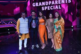 Sushant Singh Rajput and Bhumi Pednekar at the sets of Super Dancer 3!