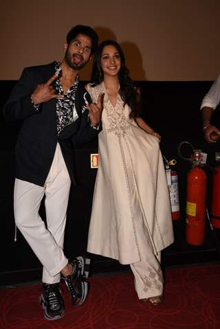 Shahid Kapoor with Kiara Advani snapped at the promotions of Kabir Singh