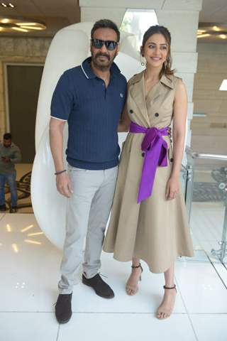 Ajay Devgn with Rakul Preet Singh spotted at De De Pyar De promotions