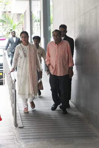 Hema Malini and Dharmendra spotted around the town!