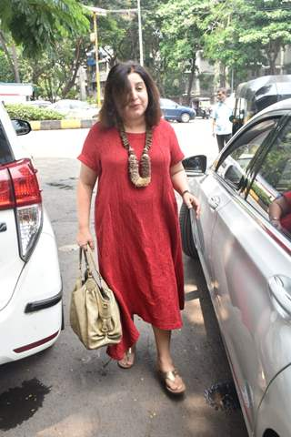 Farah Khan spotted around the town!
