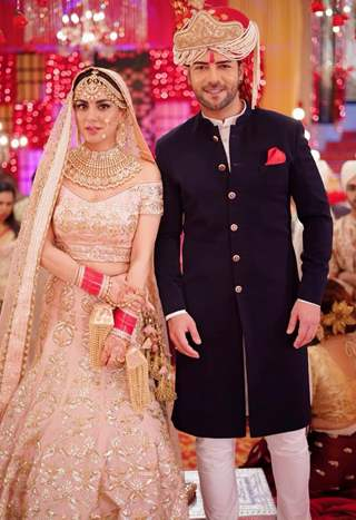 Sanjay Gagnani and Shraddha Arya look like perfect couples during their on-going marriage sequence in Kundali Bhagya