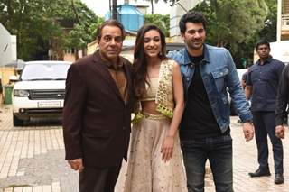 Dharmendra joins Karan Deol and Sahher Bambba at the trailer Launch of Pal Pal Dil Ke Paas!