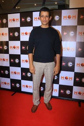 sharman joshi at the screening of MOM