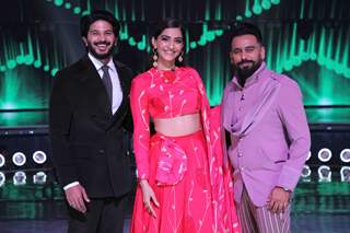 Actors Dulquer Salman and Sonam Kapoor along with Bosco Martis on DID