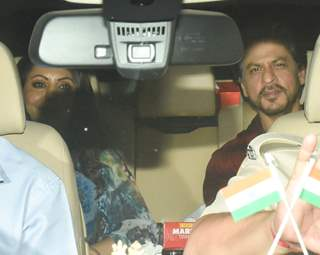 Gauri Khan and Shah Rukh Khan attend Ranbir Kapoor's birthday bash