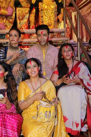 Bollywood celebrities attend the Durga Pooja!