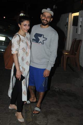 Soha Ali Khan and Kunal Kemmu papped around the town