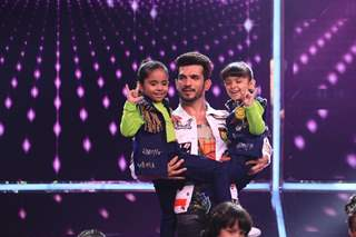 Arjun Bijlani at COLORS' Children's Day Special