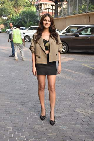 Sapna Pabbi at the promotions of Inside Edge 2