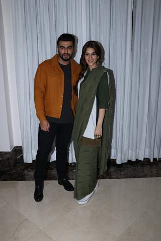 Arjun Kapoor and Kriti Sanon snapped during the promotions of Panipat