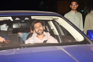 Kartik Aaryan attends the special screening of Pati Patni Aur Woh