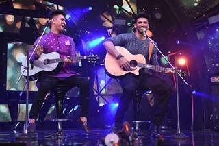 Aditya Roy Kapoor and Rishabh on Indian Idol