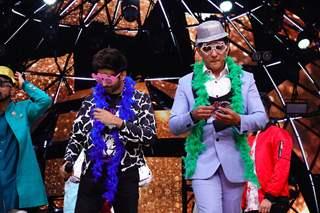 Kartik Aaryan and Aditya Narayan on the sets of Indian Idol 11