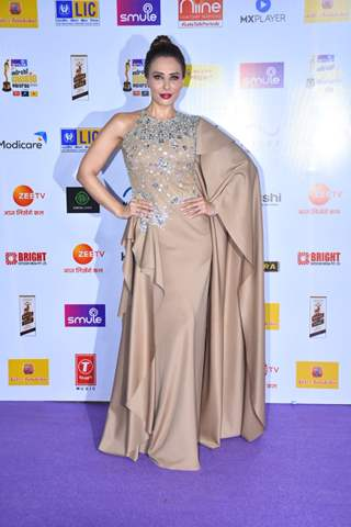 Iulia Vantur snapped at Mirchi Awards 2020
