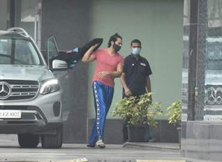 Varun Dhawan snapped at Dharma office in Andheri