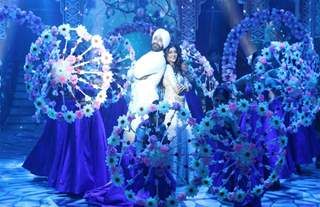 Check out the pictures from the sets of Colours' Shandaar Ravivaar...