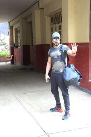 Emraan Hashmi spotted at ithink Gym in Bandra