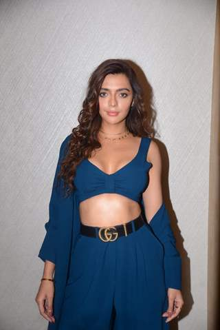 Ruhi Singh at the promotions of 'Bang Bang'