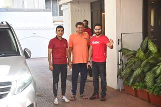 Emraan Hashmi, Anand Pandit, Rumy Jaffery snapped at Anand Pandit's office in Juhu