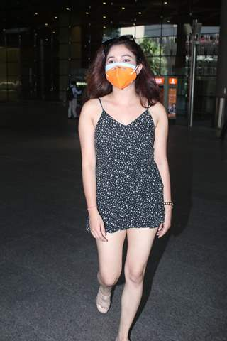 Ridhima Pandit snapped at Mumbai airport