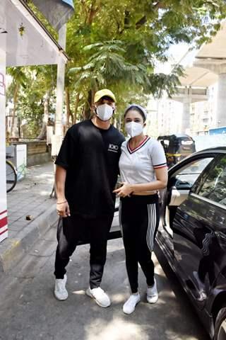 Prince Narula and Yuvika Chaudhary spotted in Andheri