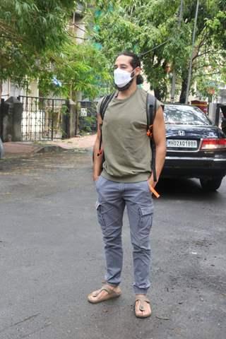 Dino Morea spotted in Bandra