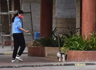 Khushi Kapoor snapped in Lokhandwala, Andheri