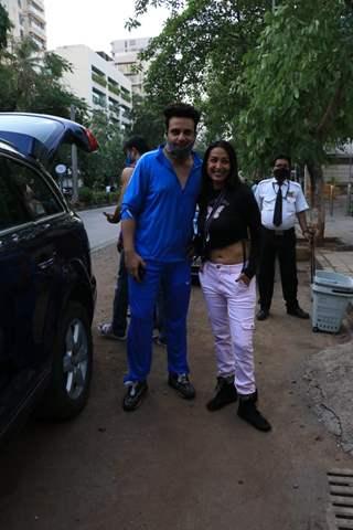 Television star Krushna Abhishek snapped with beau Kashmira Shah in Bandra