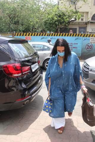 Neha Dhupia snapped visiting Surya Hospital, Santacruz