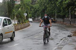 Dino Morea spotted cycling in Bandra